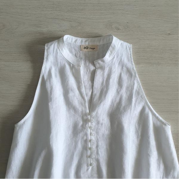 Áo đũi nữ cổ tròn không tay trắng