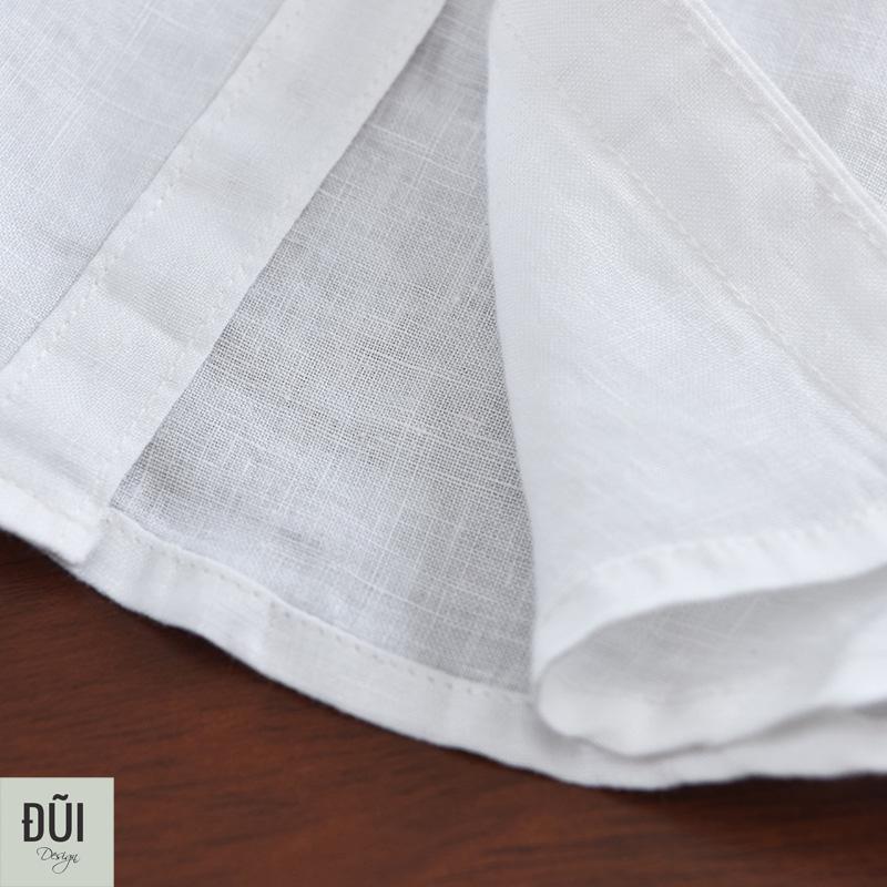 Áo đũi nam cài khuy cổ trụ dài tay trắng