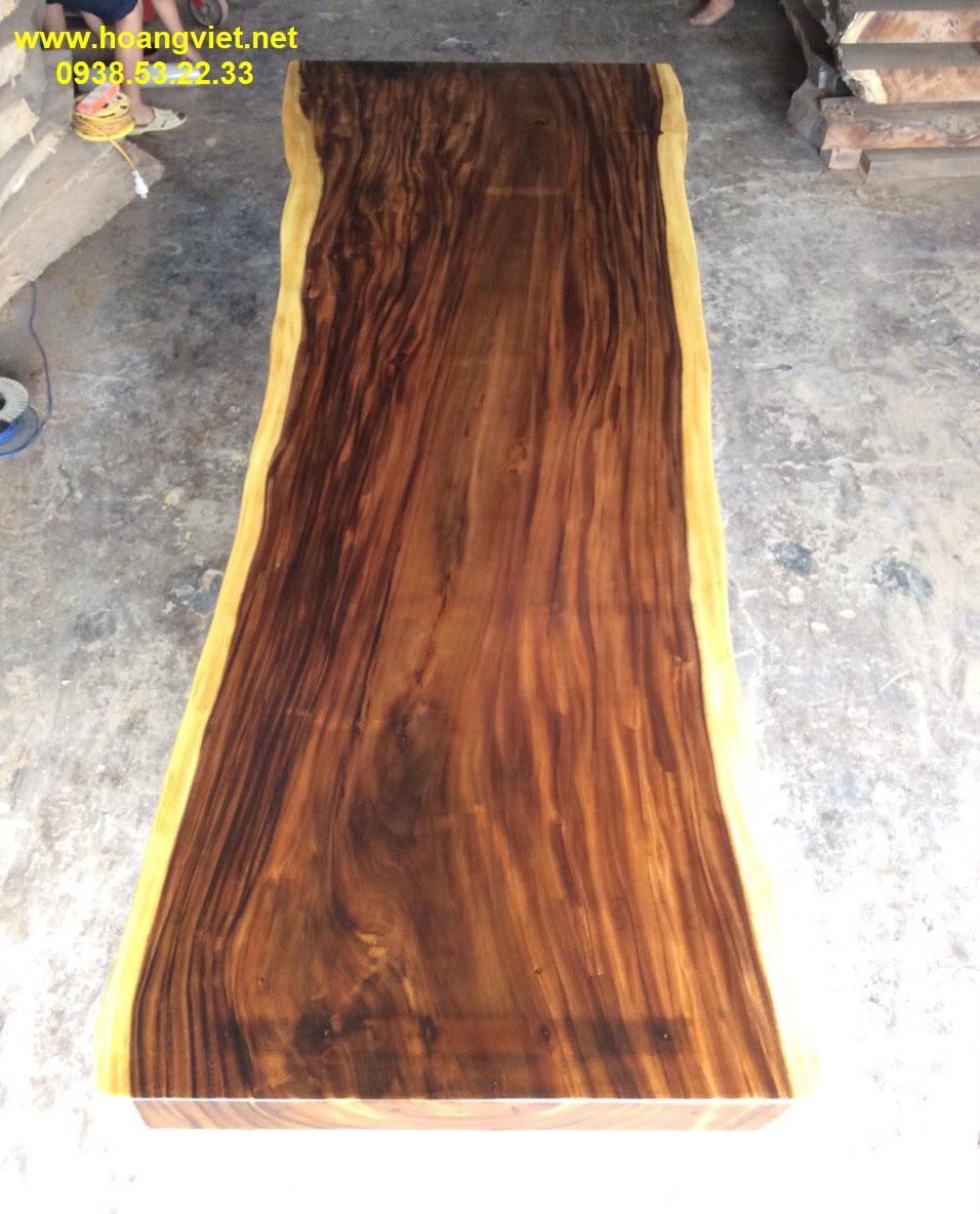 Cách chọn mặt bàn gỗ nguyên tấm giá rẻ.