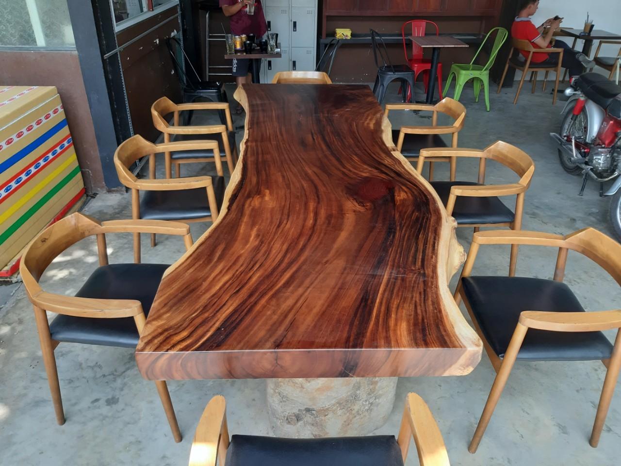 Khám phán mẫu bàn ghế ăn gỗ me tây đẹp nhất tại hcm