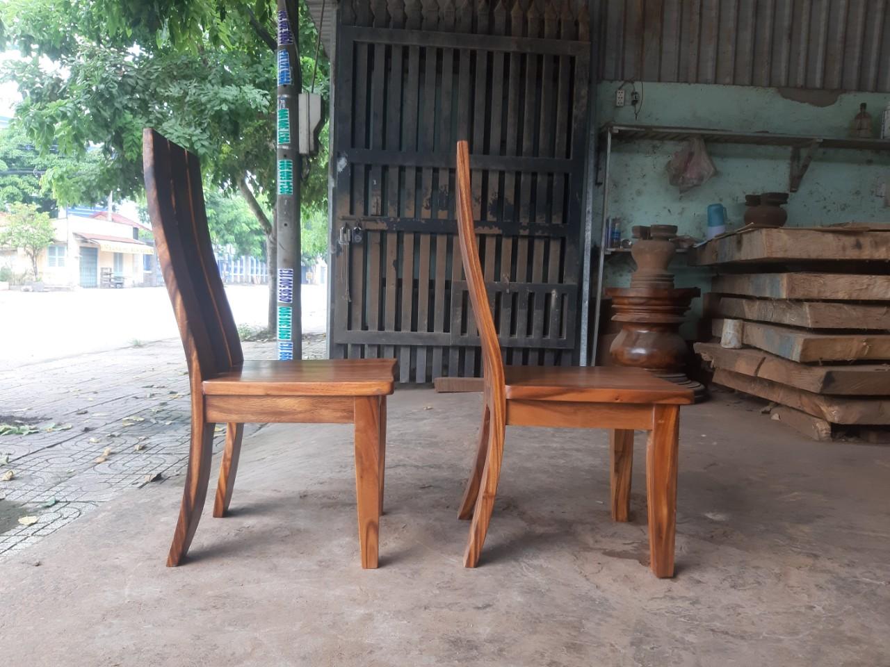Bí mật về mẫu ghế ăn gỗ đẹp nhất trên thị trường.