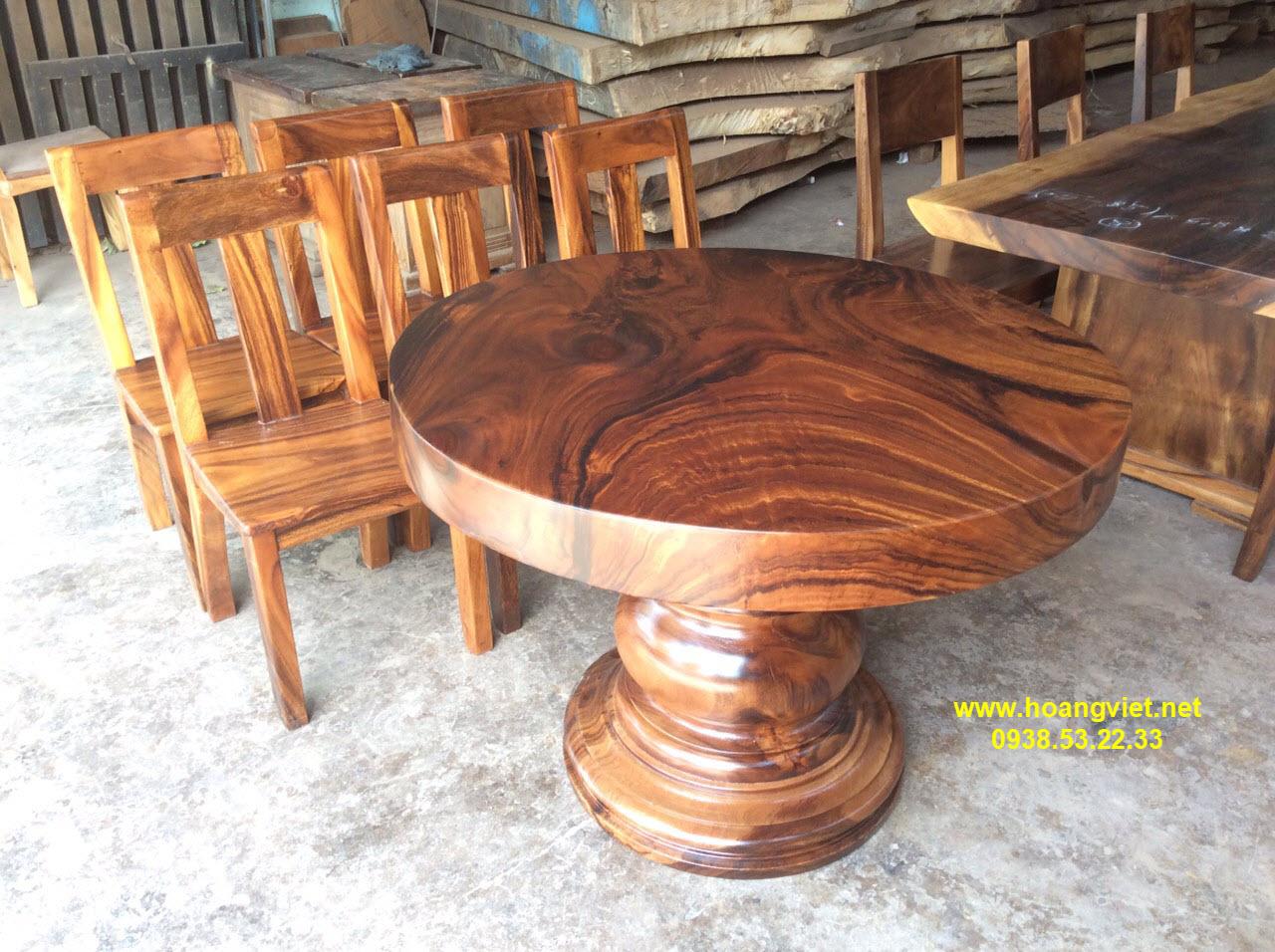 Giá bàn tròn gỗ me tây đường kinh 1m dày 10cm