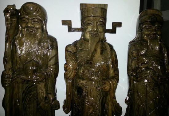 Tượng phúc lộc thọ bằng gỗ thủy tùng