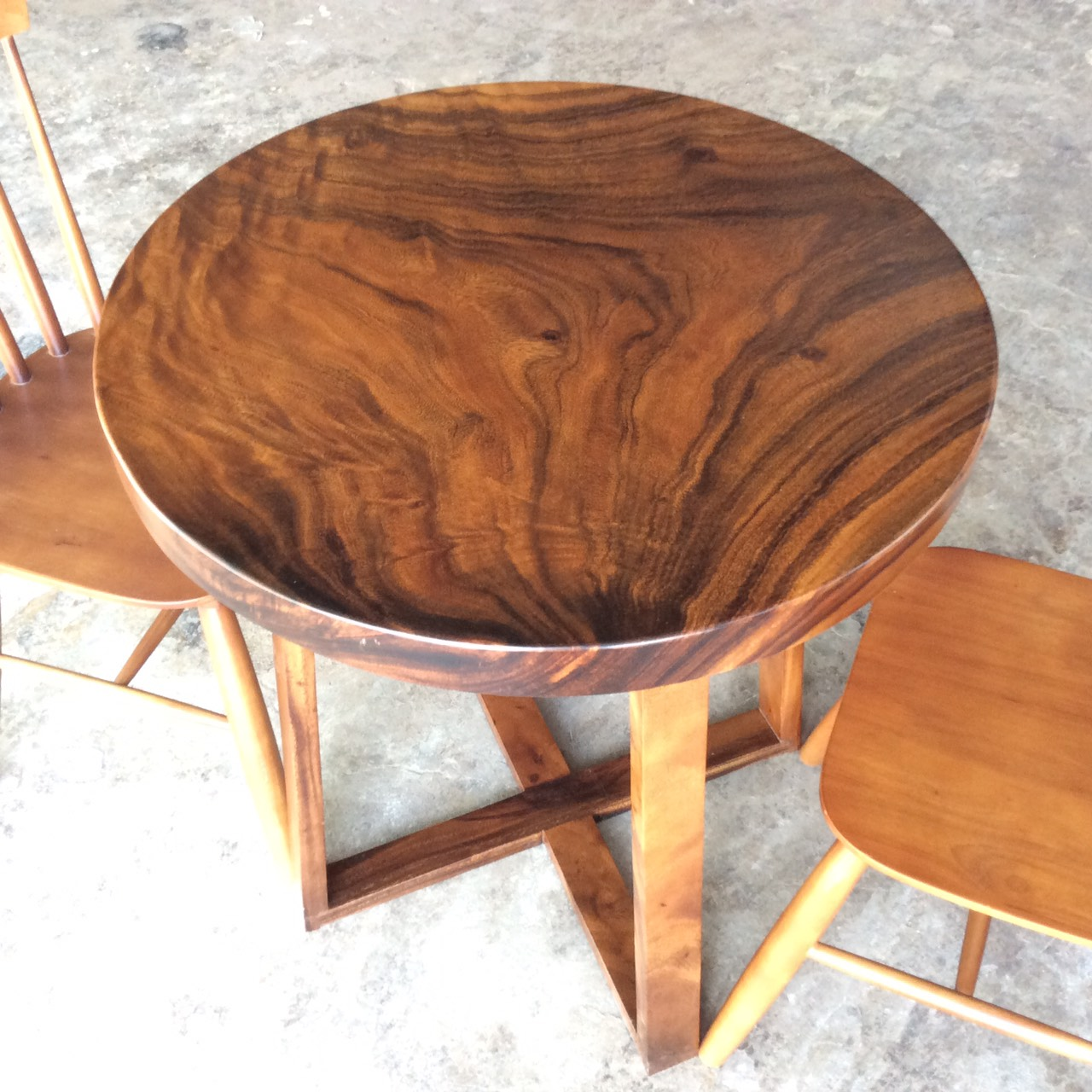 Tiết lộ mẫu bàn ăn nhỏ 2 ghế gỗ tự nhiên tuyệt đẹp với giá hấp dẫn.