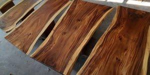 Cách chọn mặt bàn gỗ me tây nguyên khối đảm bảo chất lượng