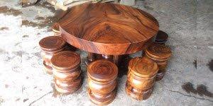Loại bàn ghế gỗ nguyên khối đẹp và giá hấp dẫn.