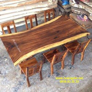 Bàn ăn bằng gỗ me tây (81-102)x7x212cm