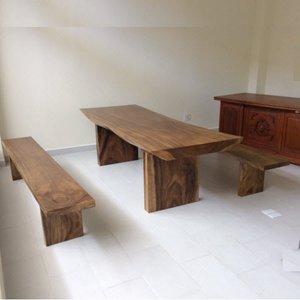 Bàn ghế gỗ nguyên khối phòng khách