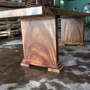 Chân bàn gỗ me tây