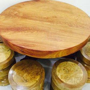 Bàn ghế gỗ liền khối