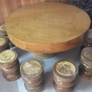 Bàn tròn gỗ cao cấp