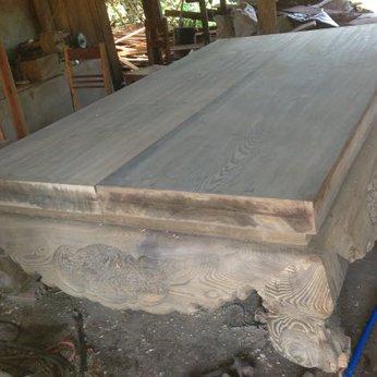 Sập gỗ thủy tùng