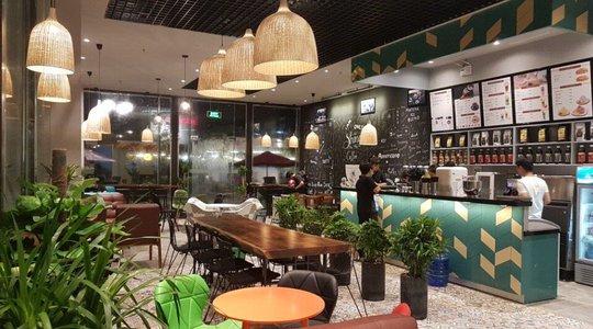 Bộ bàn tạo điểm nhấn cho quán cafe