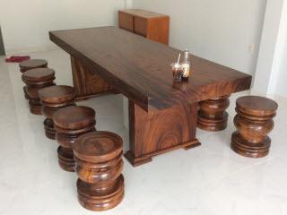 Giá bàn ghế gỗ nguyên tấm