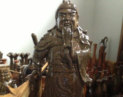 Hoàng Việt cung cấp tượng quan công